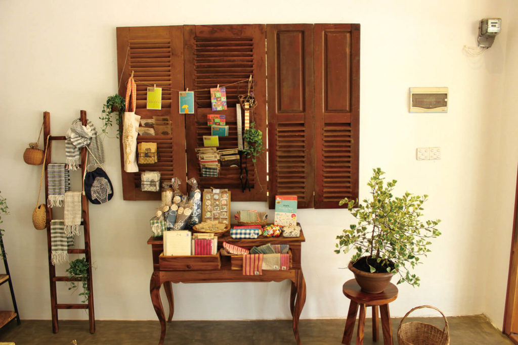 The Latest Hot Spot 「Charming handmade accessories and crafts. The new shop open daytime」