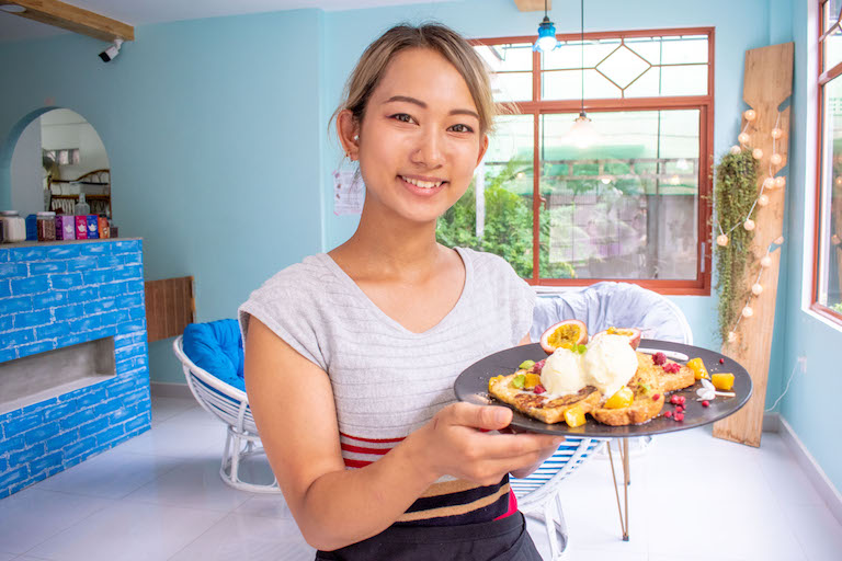 (日本語) 新感覚!胡椒×スイーツが楽しめるシェムリアップの隠れ家カフェ