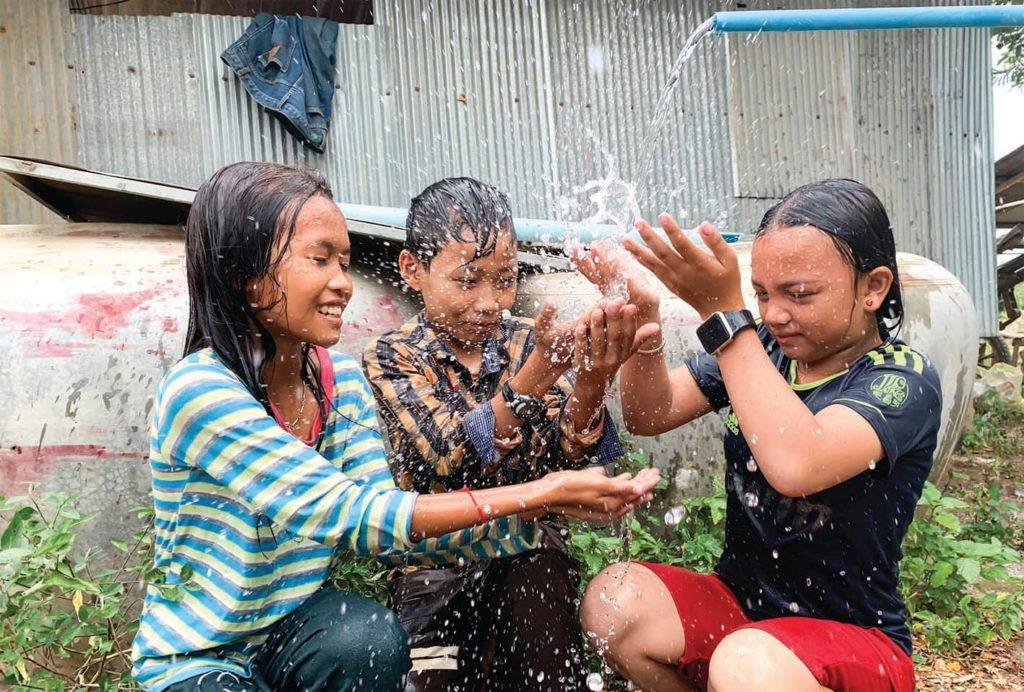 (日本語) 「水は人権」。カンボジアの僻地に安全な水を届けることに命を注ぐ、ウィベンチャー社