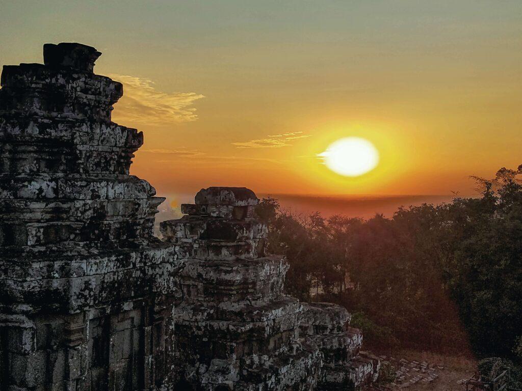 (日本語) <マオマオ・カンボジア④>アンコール遺跡群の絶景を再発見する旅